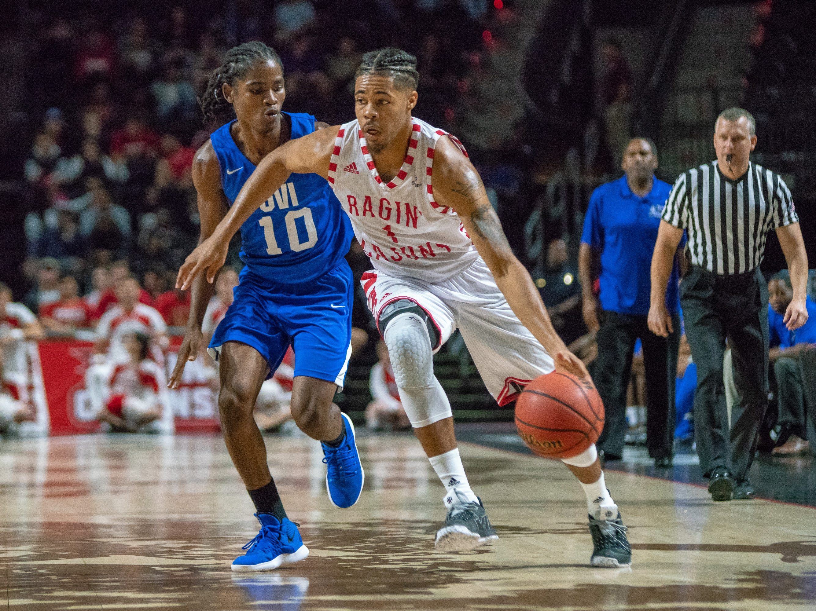 UL's Malik Marquetti makes a drive to the goal as the Ragin' Cajuns take on the University of the Virgin Islands Buccaneers at the Cajundome on Nov. 6, 2018.