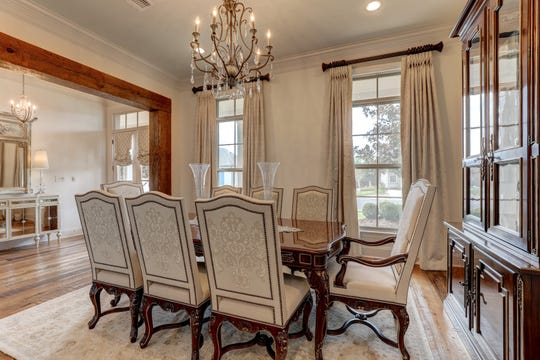 The dining room is large enough for any family dinner.