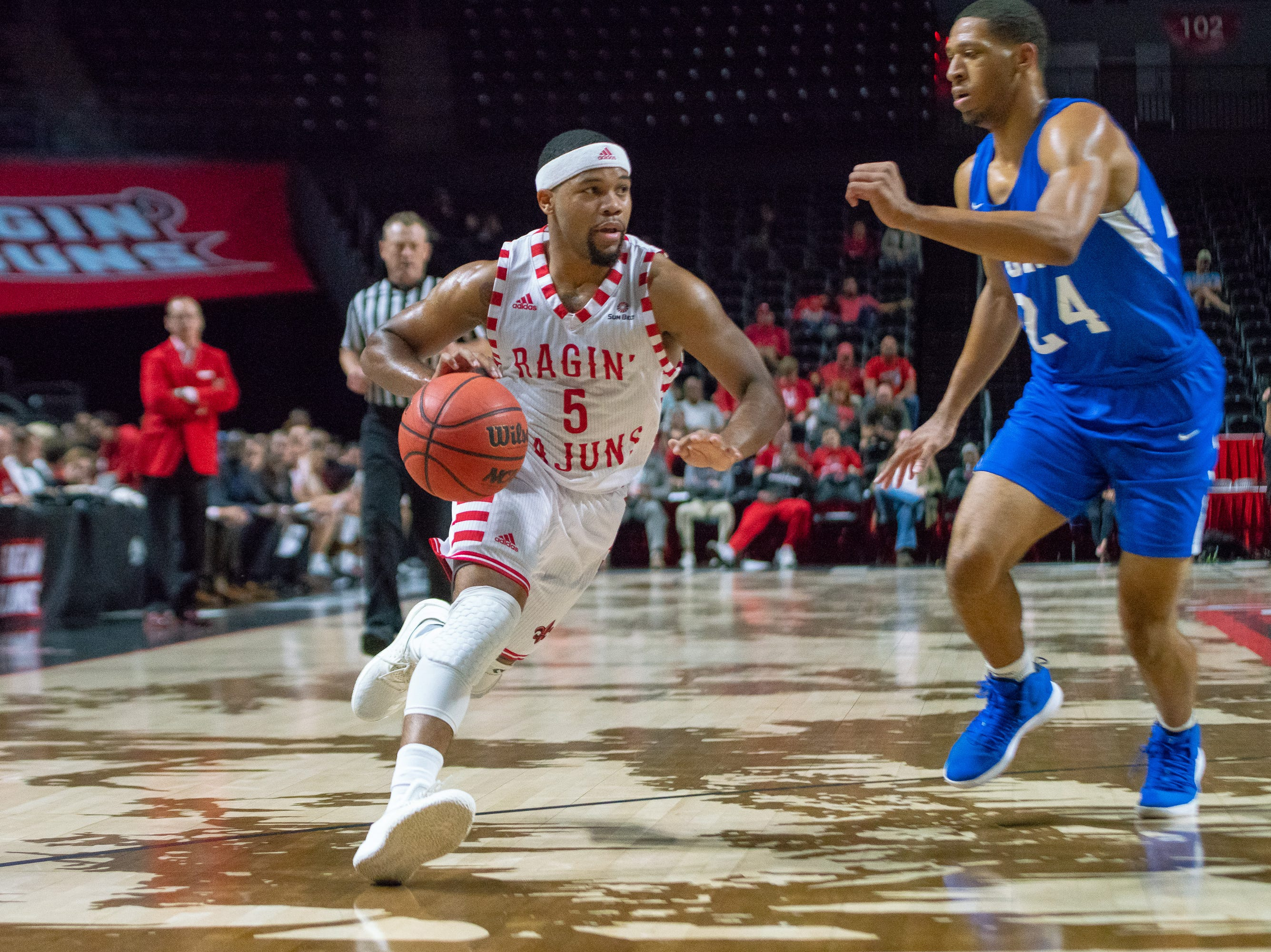 UL's Trajan Wesley sprints to the goal as the Ragin' Cajuns take on the University of the Virgin Islands Buccaneers at the Cajundome on Nov. 6, 2018.