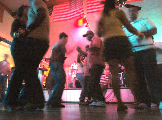 The annual Thanksgiving Food Drive returns to El Sido's Zydeco & Blues Club at 6 p.m. Wednesday.