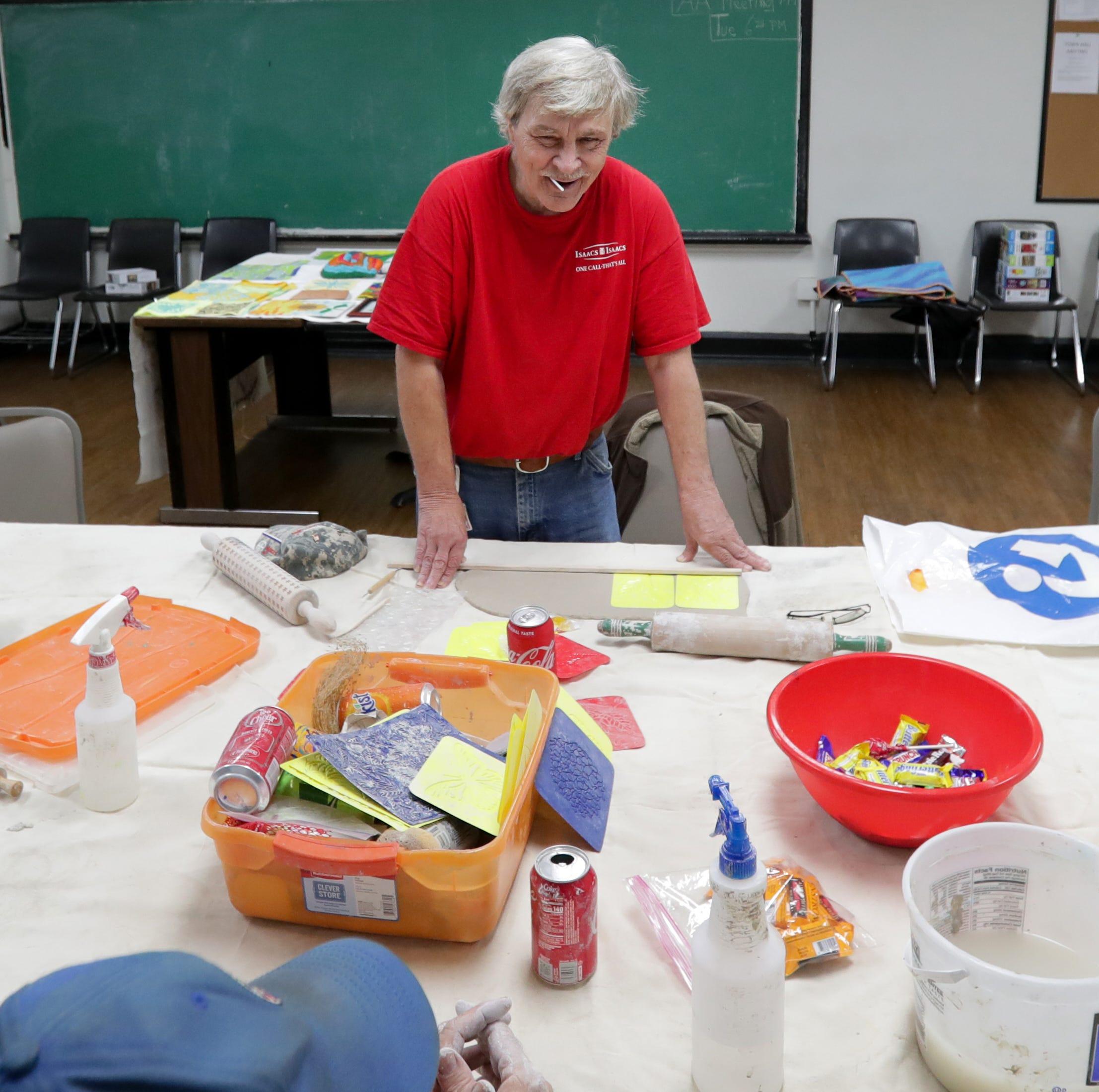 'It keeps me sober': Arts provide saving grace for Louisville veterans