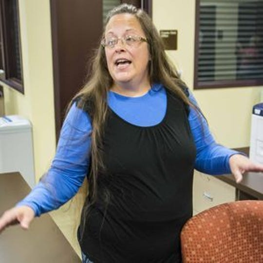 Court rejects Kentucky's attempt to shirk legal frees in Kim Davis gay marriage case