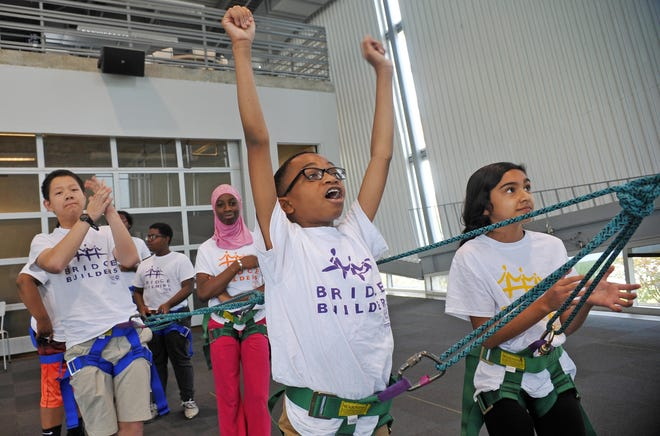 Bridge Builders has three program levels and serves more than 6,000 students annually in grades 6-12. Bridge Builders youth come from diverse racial, cultural, and socioeconomic backgrounds and represent 137 schools across Greater Memphis, Eastern Arkansas, and North Mississippi.
