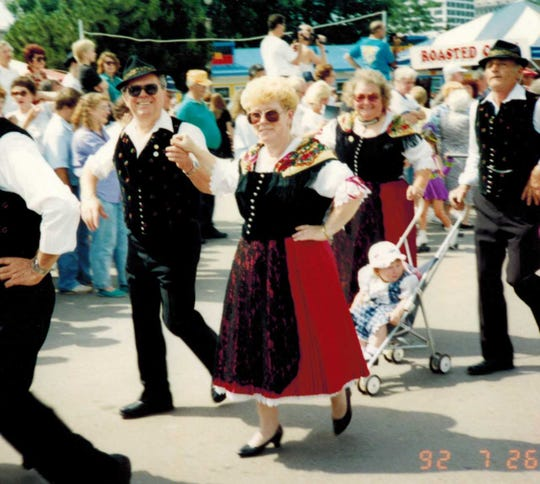 Emil and Helen Mayer joined the United Donauschwaben of Milwaukee in 1983, and performed in its dance group for about 15 years.