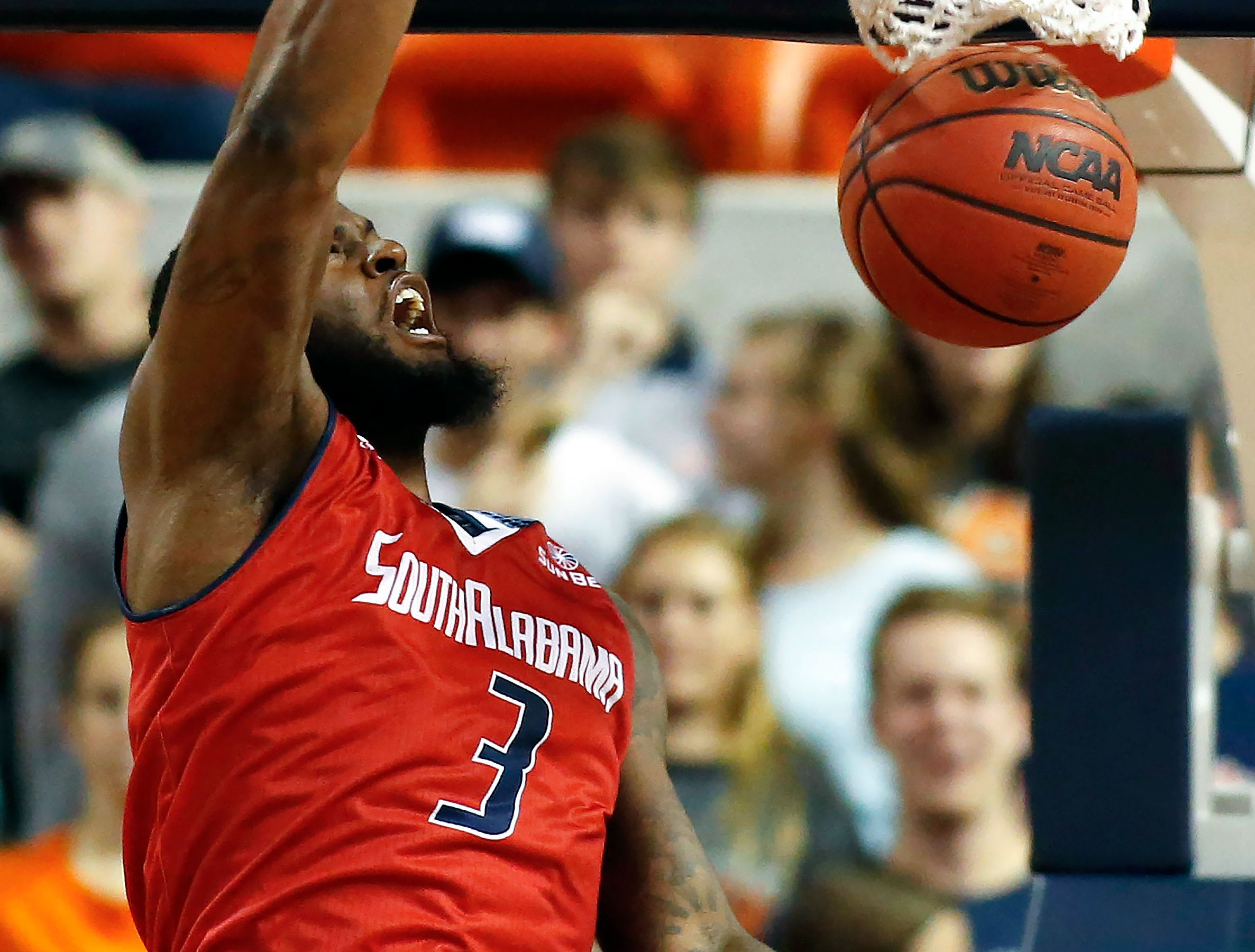 Nov 6, 2018; Auburn, AL, USA; South Alabama Jaguars forward Kevin Morris (3) dunks against the Auburn Tigers during the second half at Auburn Arena. Mandatory Credit: John Reed-USA TODAY Sports