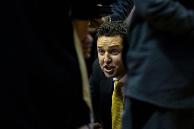 Vanderbilt coach Bryce Drew