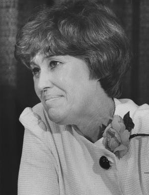 Columnist Erma Bombeck in 1980