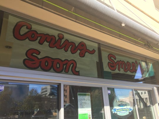 Smee's Alaskan Fish Bar is coming to the former Reef Sushi space in downtown Reno.