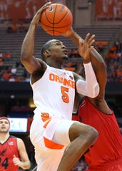 Point guard Jalen Carey made his Syracuse debut on Tuesday.