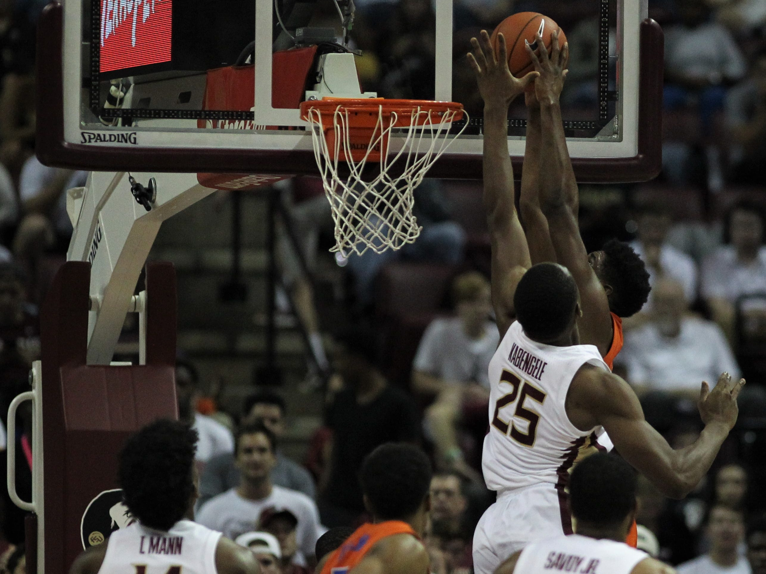 Florida State's Mfiondu Kabengele defends Florida's scoring attempt in the post during the Sunshine Showdown game Tuesday at the Tucker Civic Center.