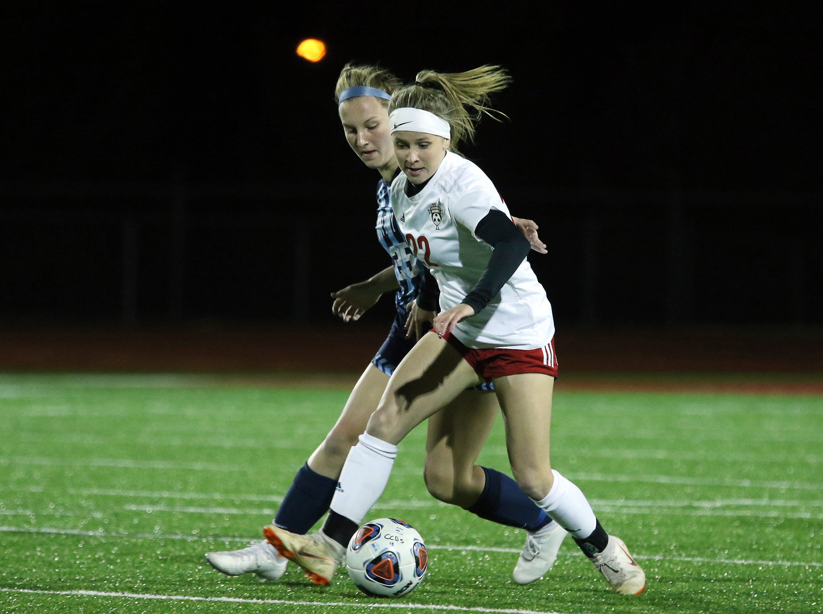 Rosecrans' Claire Creeks controls the ball against CCD in the Division III state semifinals at London High School on Tuesday.