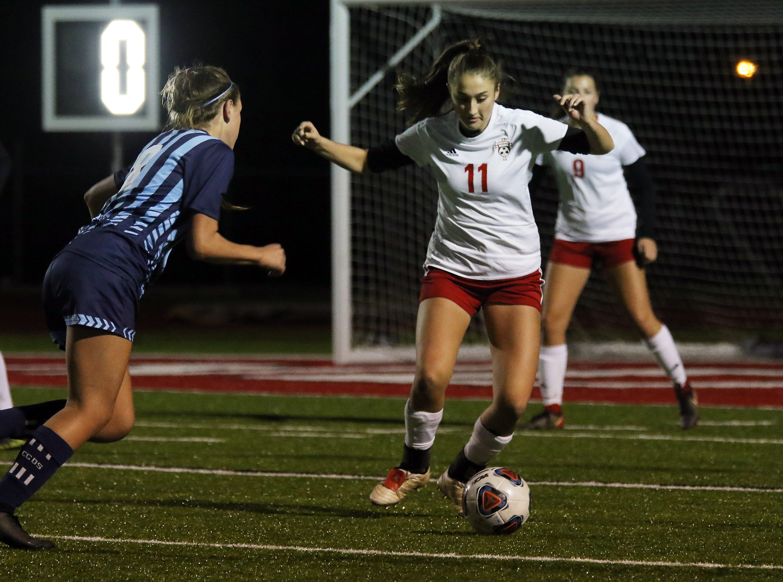 Rosecrans' Korynn Porter looks to control the ball against CCD in the Division III state semifinals at London High School on Tuesday.