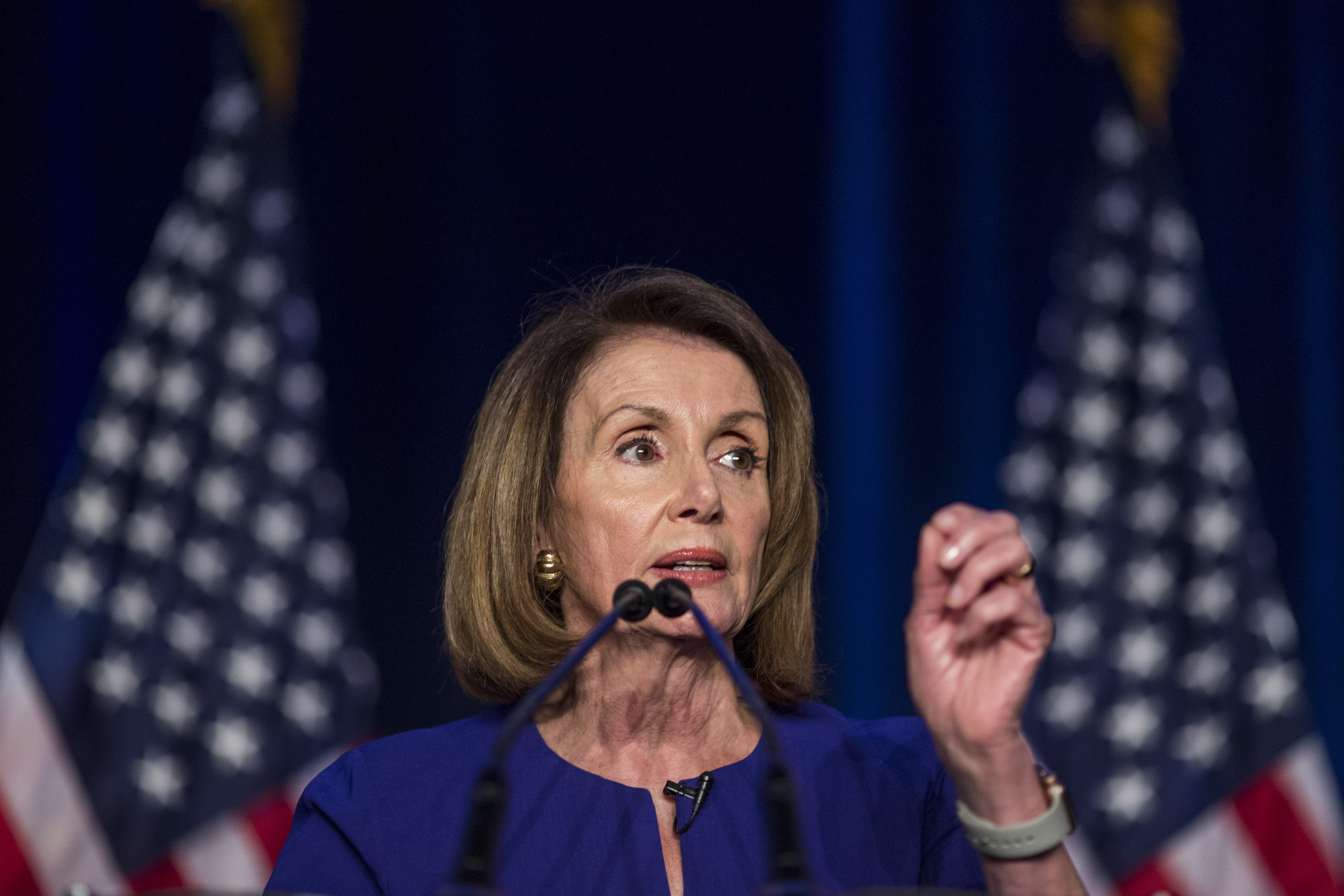 pics Nancy Pelosi celebrates House win, promises bipartisanship