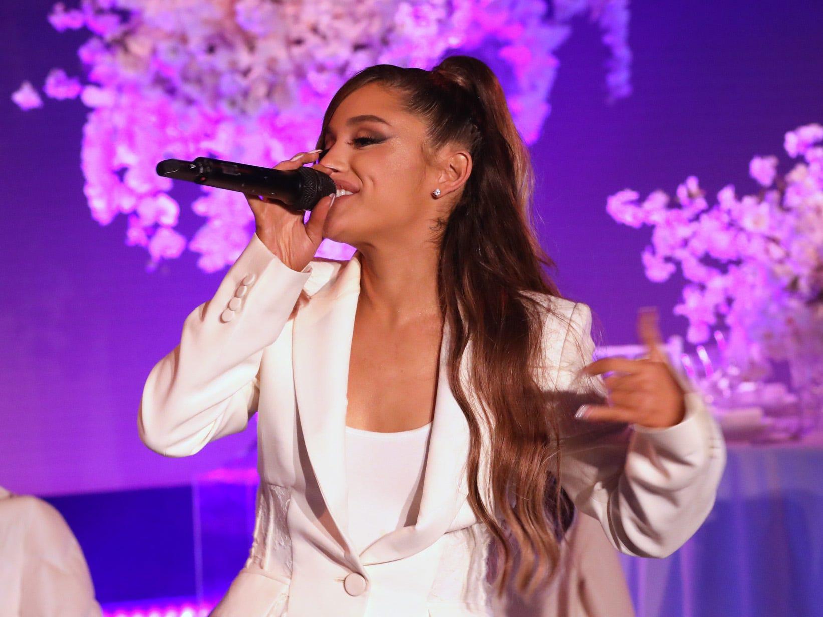 Twitter beef brews between Ariana Grande, Piers Morgan and Grande's mom