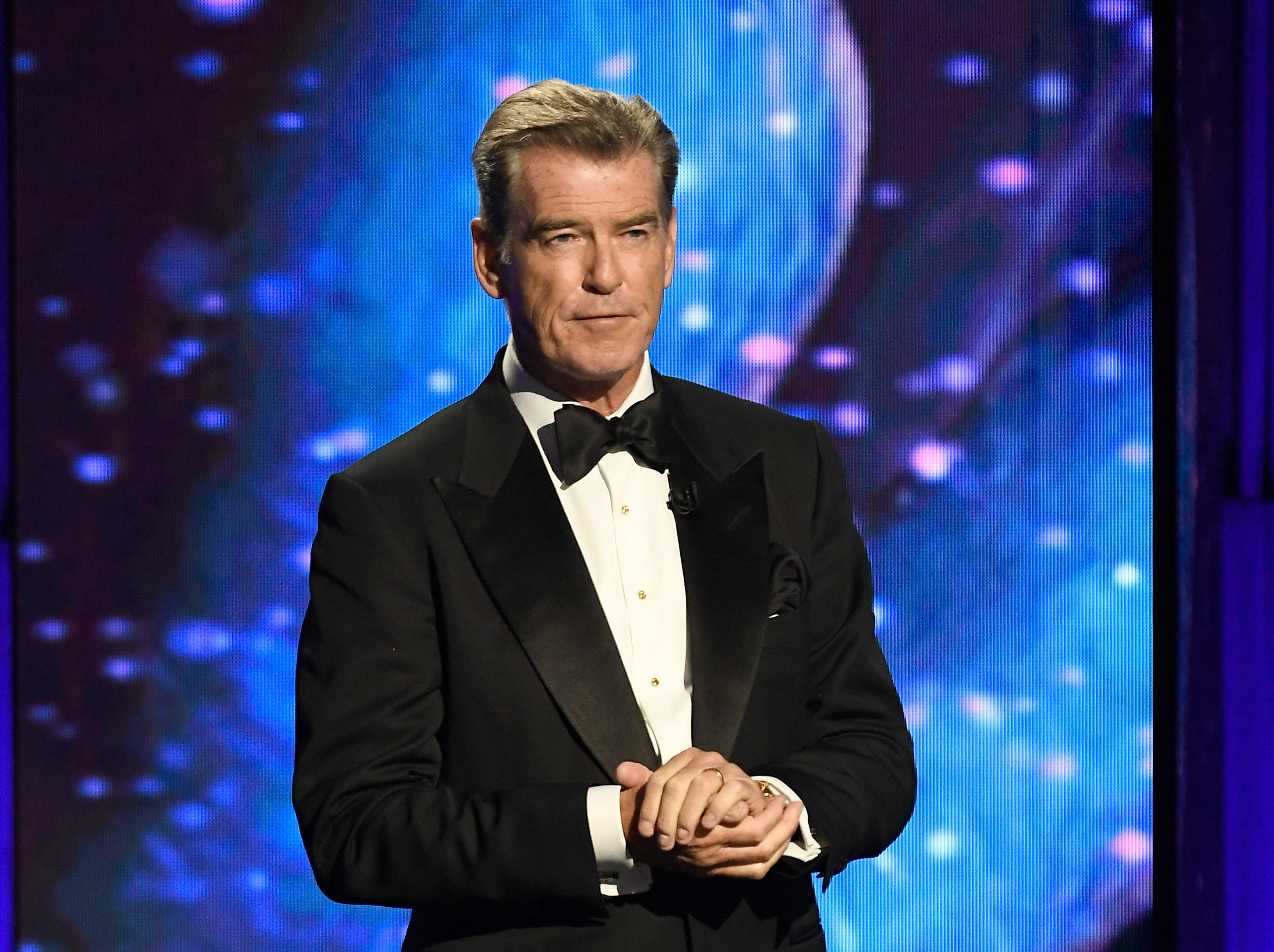 MOUNTAIN VIEW, CA - NOVEMBER 04:  Pierce Brosnan speaks onstage at the 2019 Breakthrough Prize at NASA Ames Research Center on November 4, 2018 in Mountain View, California.  (Photo by Steve Jennings/Getty Images for Breakthrough Prize) ORG XMIT: 775252236 ORIG FILE ID: 1057579118