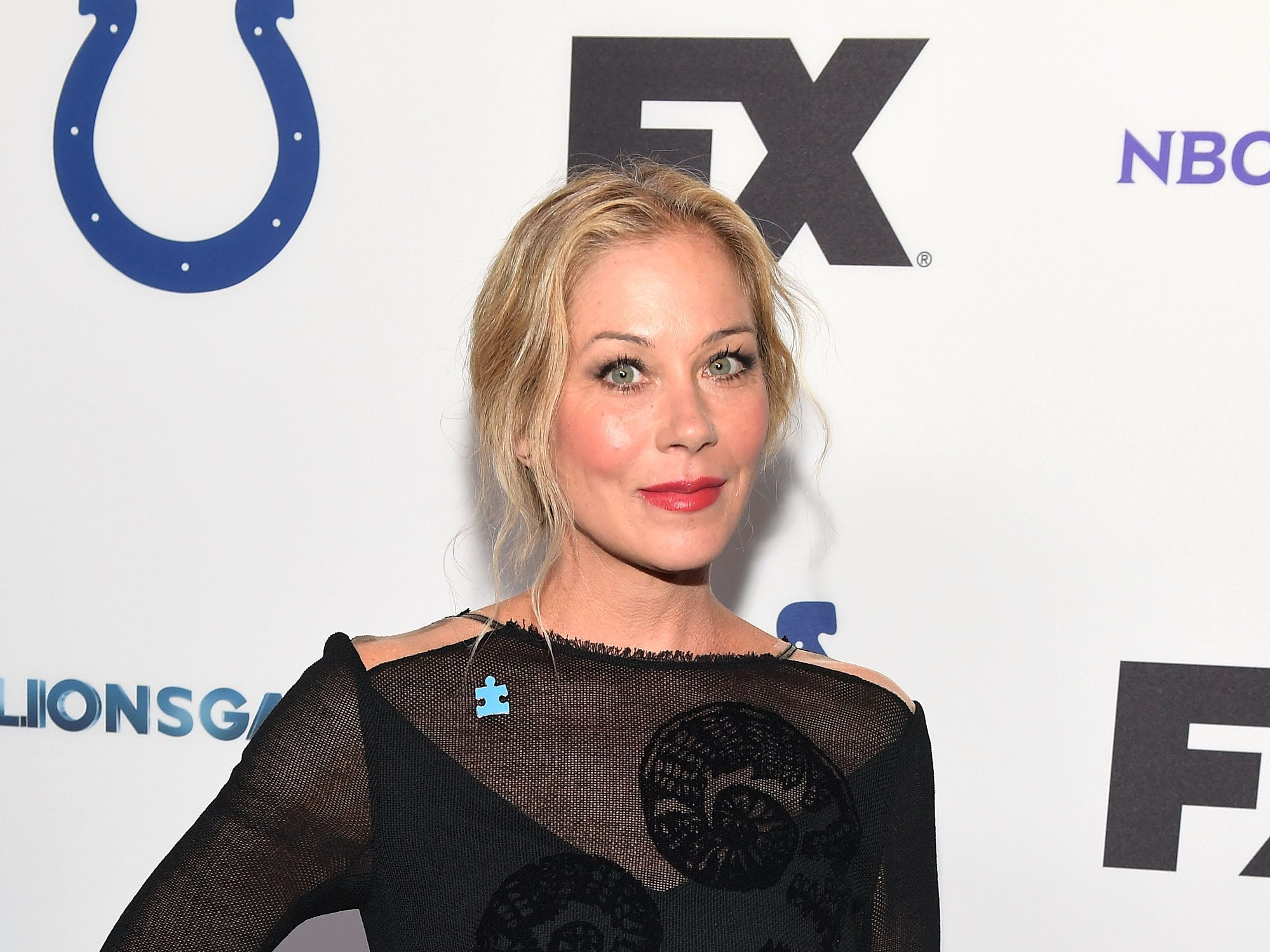 HOLLYWOOD, CA - APRIL 21:  Christina Applegate attends the 5th Annual Light Up the Blues Concert an Evening of Music to Benefit Autism Speaks at Dolby Theatre on April 21, 2018 in Hollywood, California.  (Photo by Matt Winkelmeyer/Getty Images) ORG XMIT: 775146903 ORIG FILE ID: 949839842