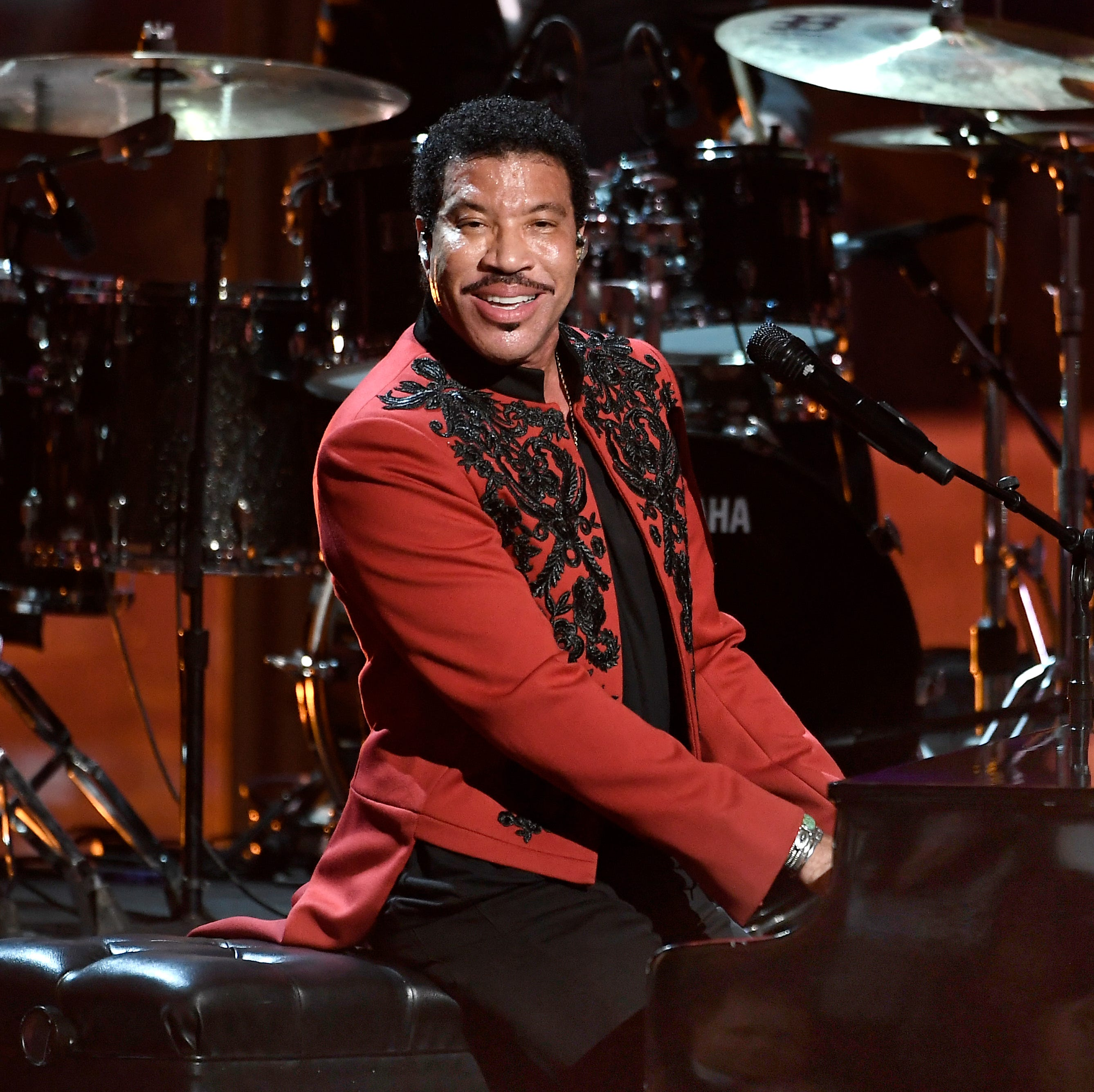 Live at the Garden 2019: Lionel Richie, Toby Keith, Doobie Brothers among headliners