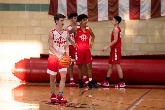 Ray High School's Ryan Nurenberg during practice in the schools gym on Wednesday, Nov. 7, 2018.