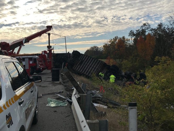 Crews work to cleanup a Thursday morning crash on I-275 in Northern Kentucky.