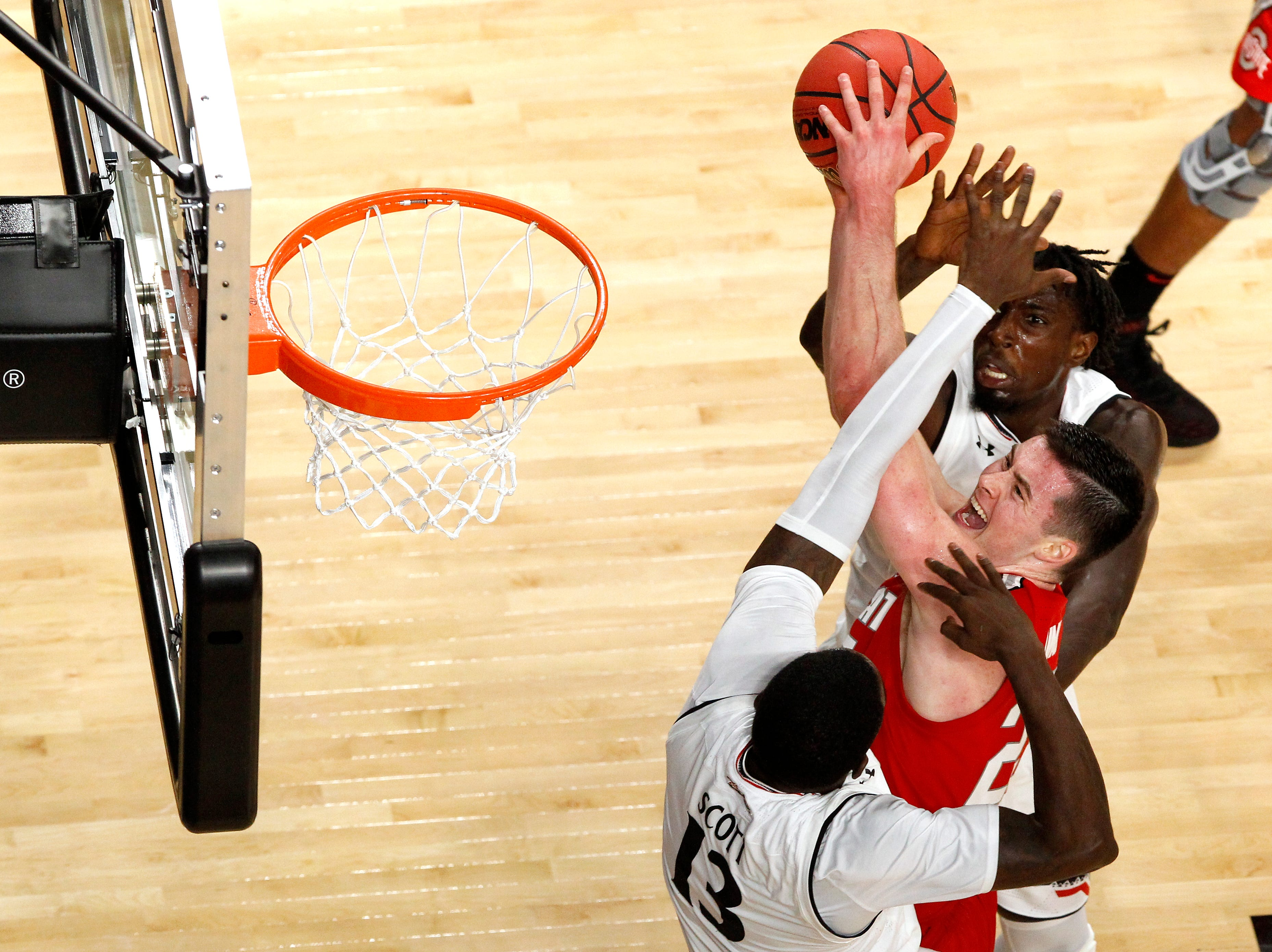 Ohio State Buckeyes forward Kyle Young (25) goes up for a shot in the second half of a college basketball game between the Ohio State Buckeyes and the Cincinnati Bearcats, Wednesday, Nov. 7, 2018, at Fifth Third Arena in Cincinnati.