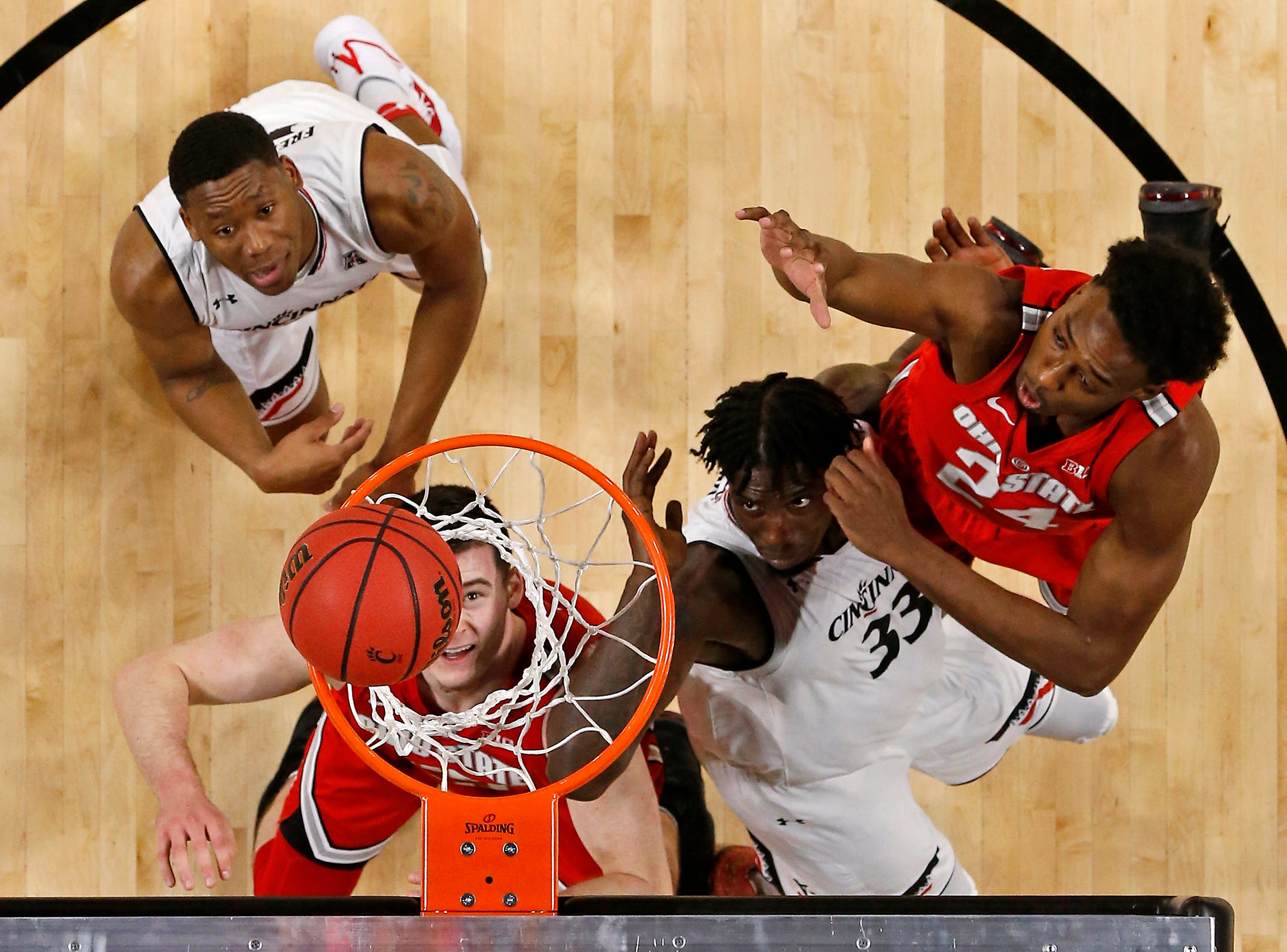 Ohio State Buckeyes forward Kyle Young (25) scores a basket in the first half of the NCAA basketball game between the Cincinnati Bearcats and the Ohio State Buckeyes at Fifth Third Arena in Cincinnati on Wednesday, Nov. 7, 2018. The Bearcats opened the season 0-1 with a 64-56 loss the Ohio State.
