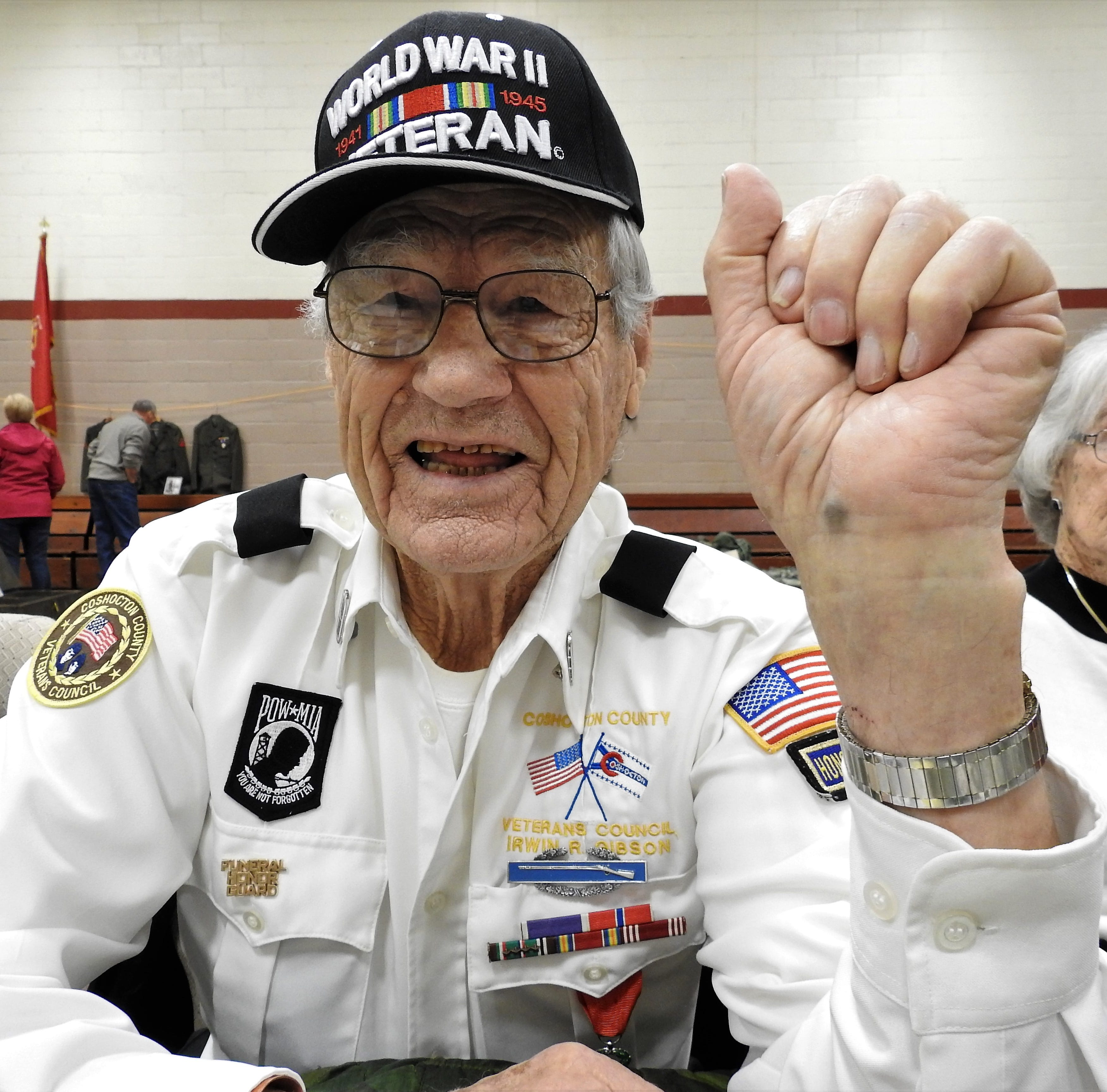 World War II veteran carries memories, scars of service