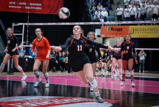 West Des Moines Valley's Kubik Hayden runs after the ball against Ankeny Centennial during the 2018 Iowa High School state volleyball tournament on Thursday, Nov. 8, 2018, in Cedar Rapids.