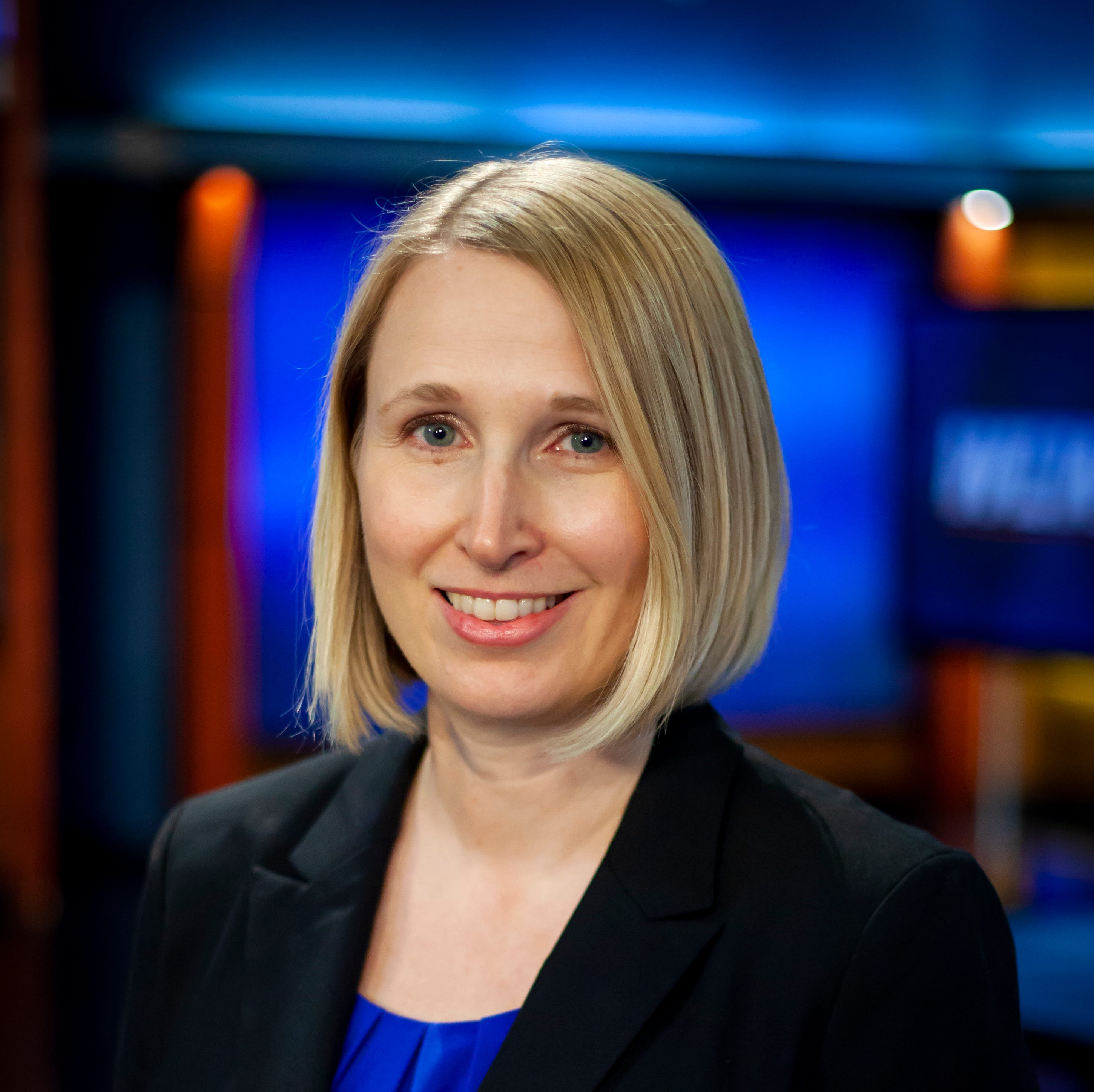 KCCI hires Drake alumna Allison Smith as its news director, replacing retiring Dave Busiek