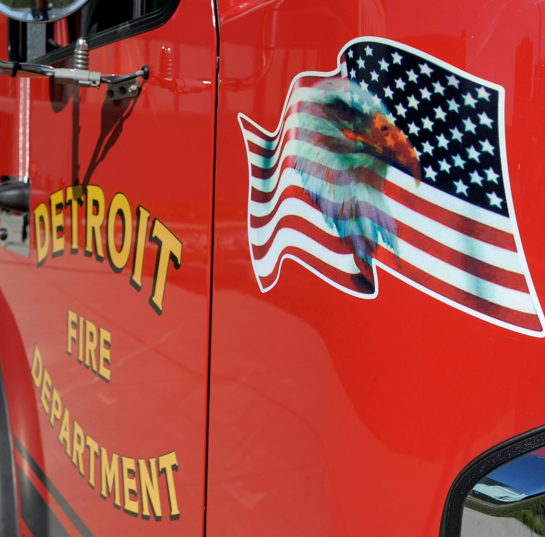 Arsonist sets Detroit gas station ablaze