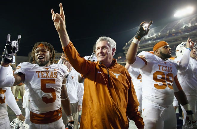 Former Texas coach Mack Brown is heading to North Carolina, according to reports.