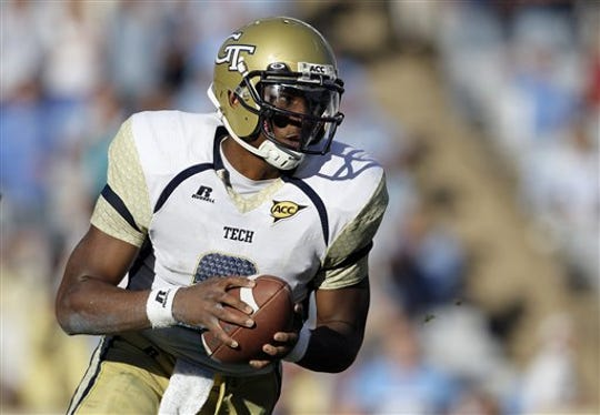 Georgia Tech quarterback Vad Lee (2) scrambles against North Carolina during the second half of an NCAA college football game in Chapel Hill, N.C., Saturday, Nov. 10, 2012. Georgia Tech won 68-50. (AP Photo/Gerry Broome)