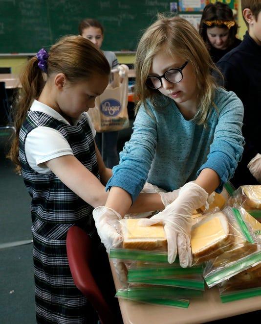 03 LAN StB Sandwiches