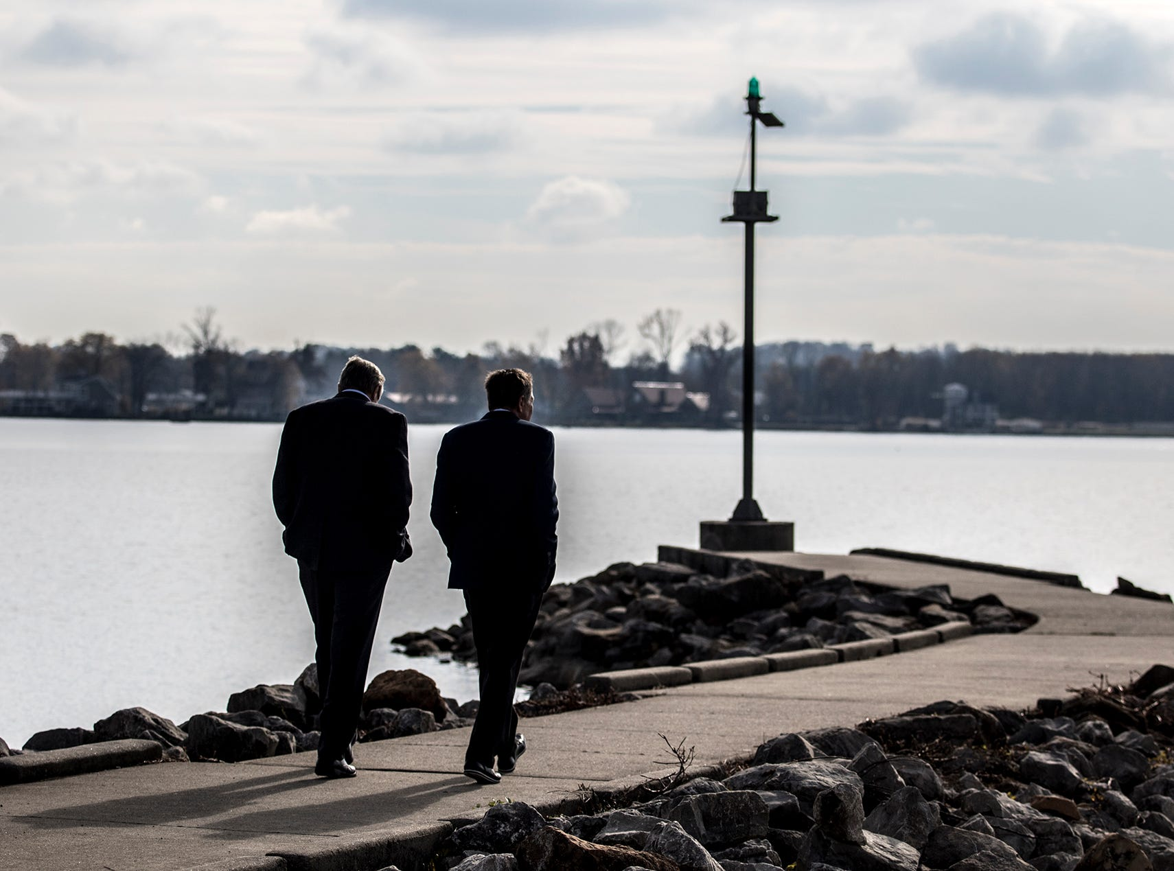 Two years early, Buckeye Lake residents celebrate dam re-opening