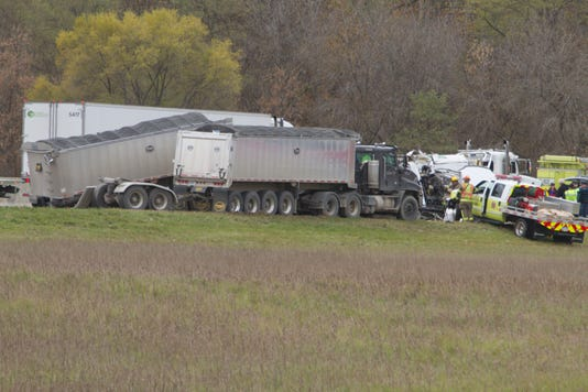 Fatal Truck Crash I 96 01