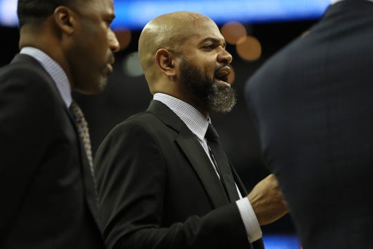 Memphis Grizzlies Head Coach J.B. Bickerstaff yells out to this team during their game against Denver Nuggets at the FedExForum on Wednesday, November 7, 2018.