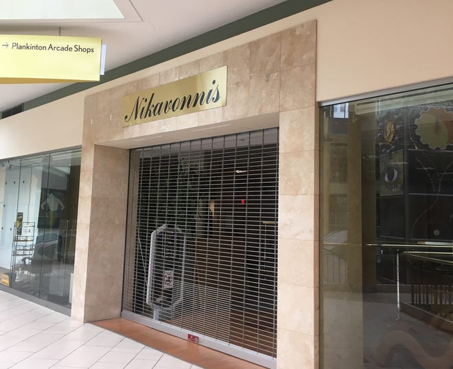 Menswear merchant Nikavonni's has closed this Grand Avenue mall store and plans to open at Mayfair mall soon.