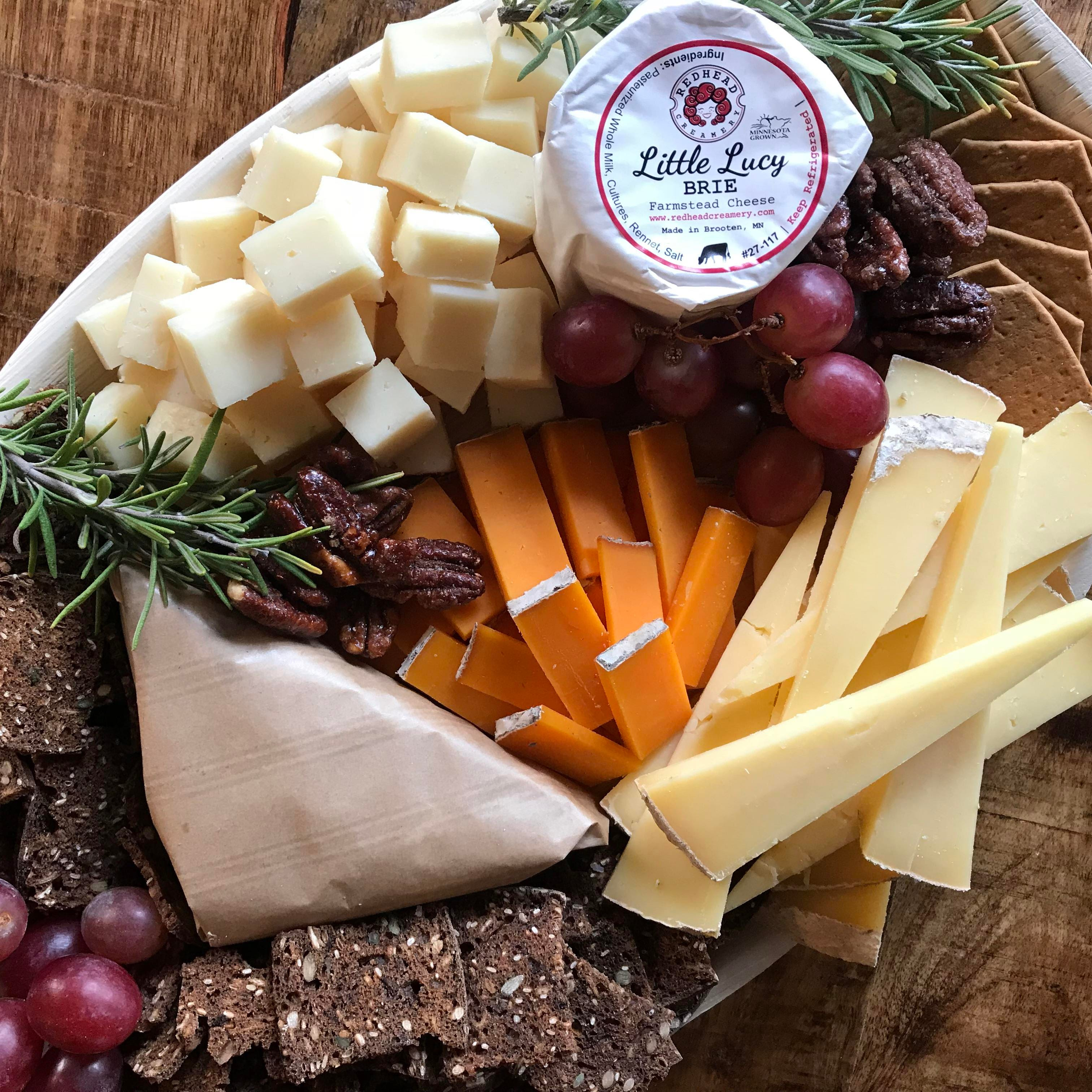 A well-planned cheeseboard treats holiday guests to Wisconsin's best