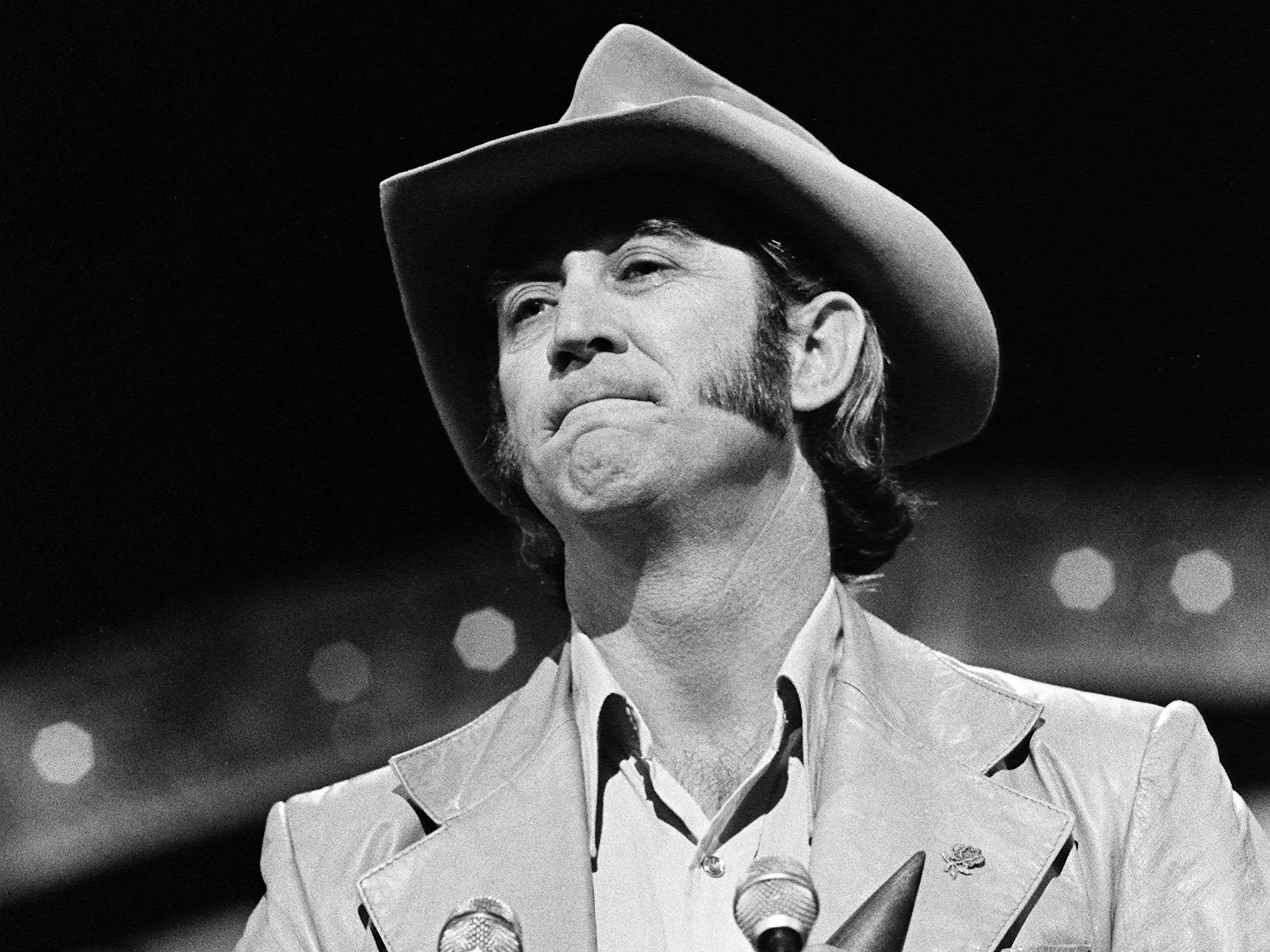 Don Williams accepts the Male Vocalist of the Year award during the 12th annual CMA Awards show Oct. 9, 1978.