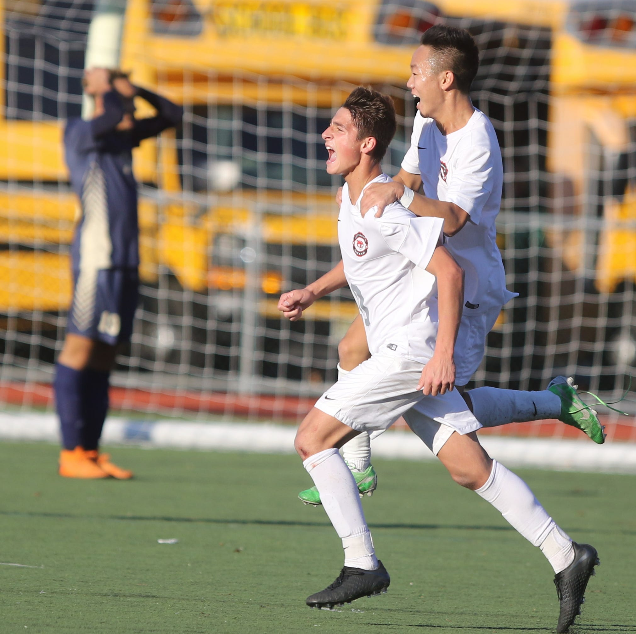 Glen Rock boys soccer dominates Hackettstown in Group 2 semifinals