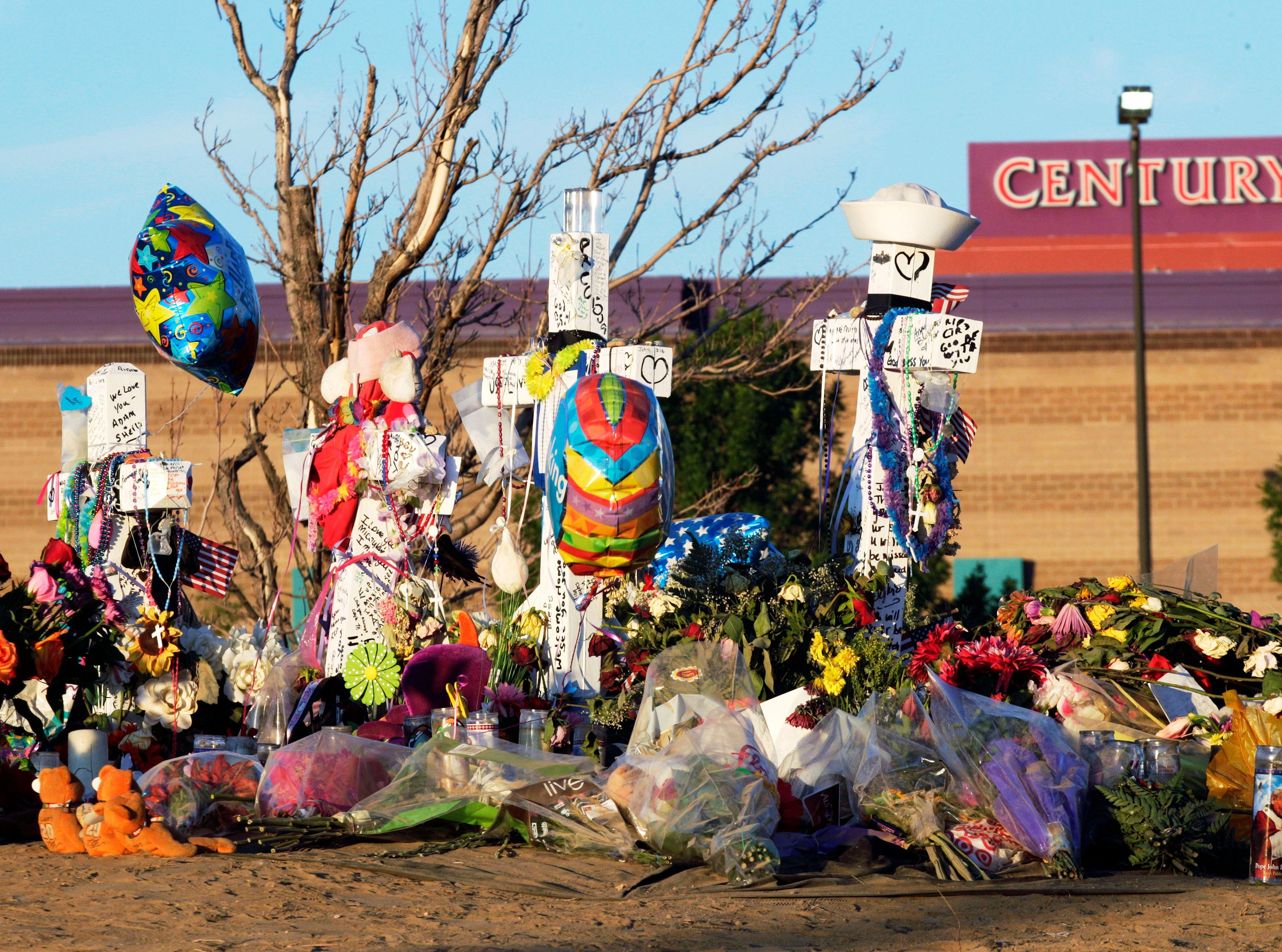 Century 16 movie theater   Aurora, Colorado   July 20, 2012   12 dead   70 wounded