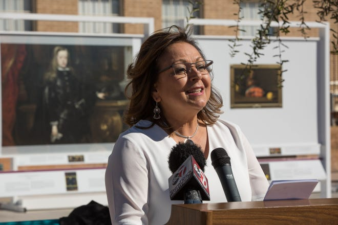 Susana Martinez, governor of New Mexico, speaks at the Plaza de Las Cruces on Thursday November 8, 2018.