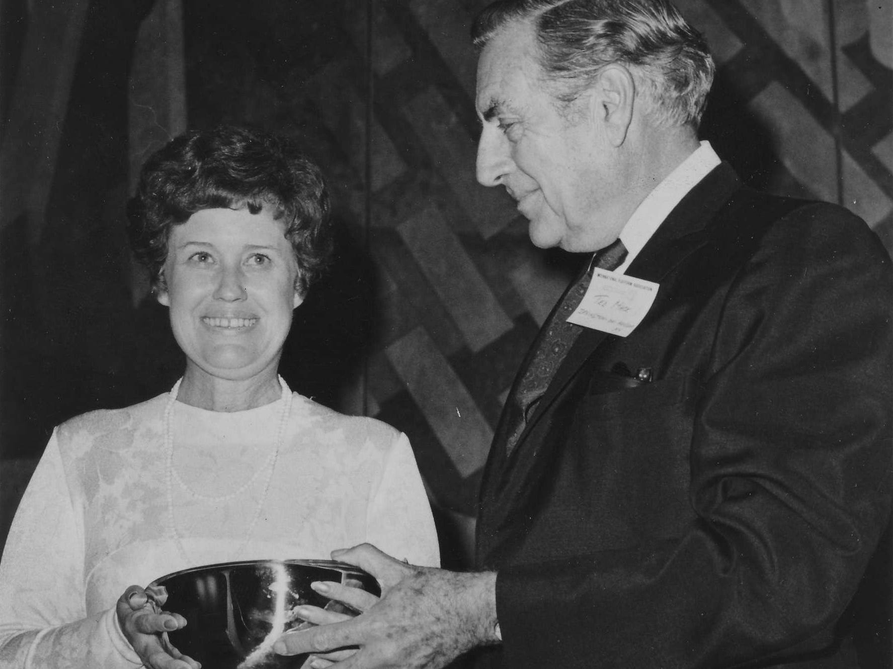 Erma Bombeck and Ted Mack in 1973.