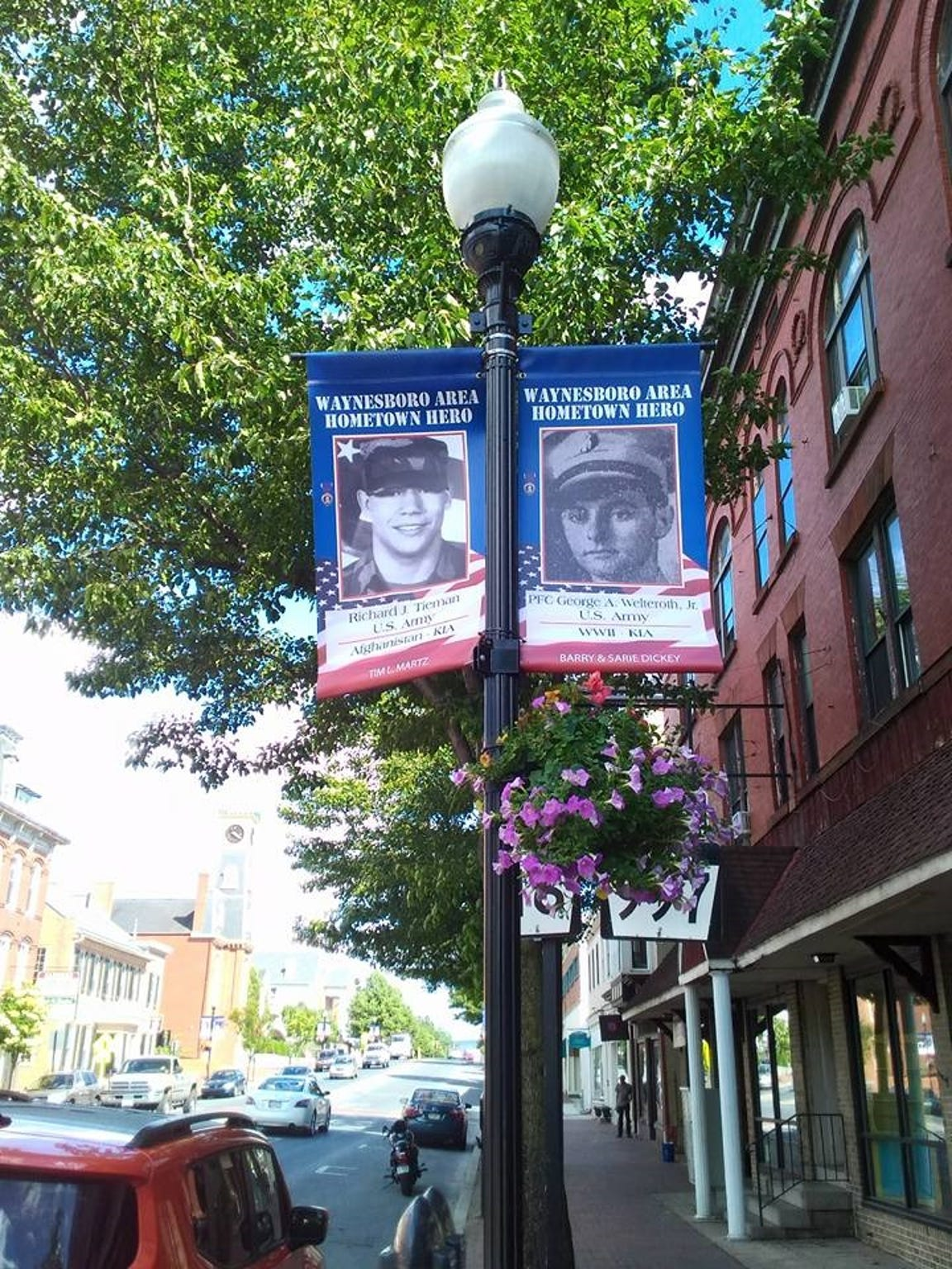A banner program honoring fallen service members would be modeled after a similar program in Waynesboro, Pennsylvania.