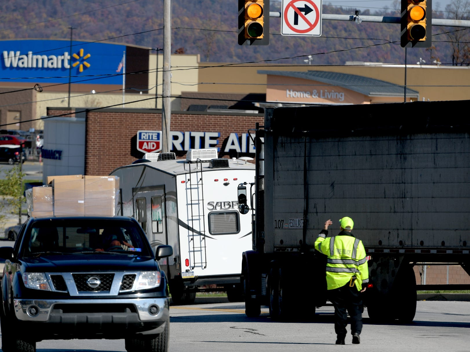 Traffic is directed at the Exit 33, Yocumtown, after a fatal accident occurred on northbound I-83, south of Exit 34, Valley Green, Thursday, Nov. 8, 2018. Northbound lanes of the interstate were closed for several hours after the crash which occurred just before 9 a.m. Bill Kalina photo