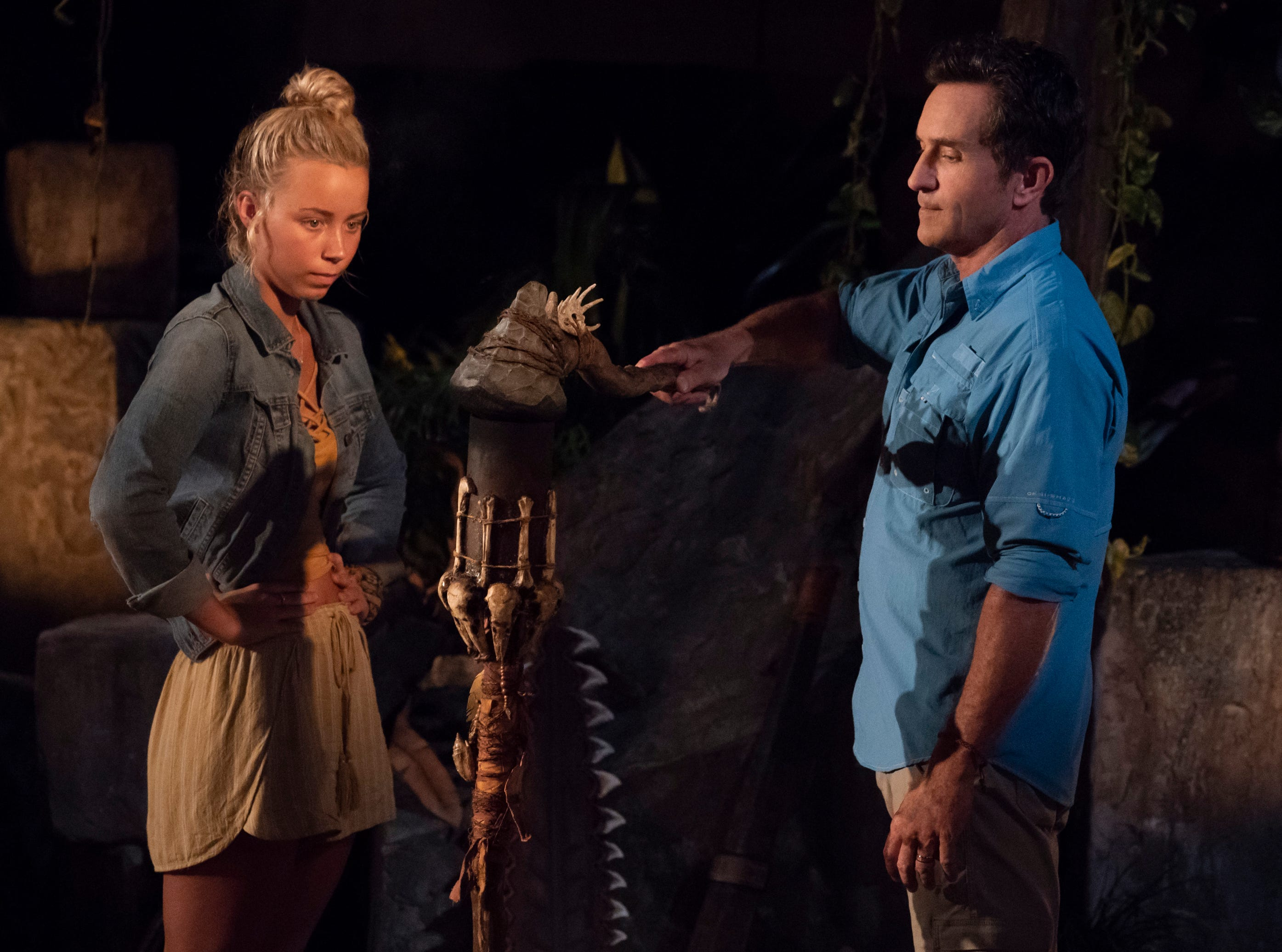"""""""The Chicken Has Flown the Coop"""" - Jeff Probst extinguishes Jessica Peet\'s torch at Tribal Council on the second episode of SURVIVOR: David vs. Goliath, airing Wednesday, Oct. 3 (8:00-9:00 PM, ET/PT) on the CBS Television Network. Photo: Robert Voets/CBS Entertainment  ©2018 CBS Broadcasting, Inc. All Rights Reserved."""