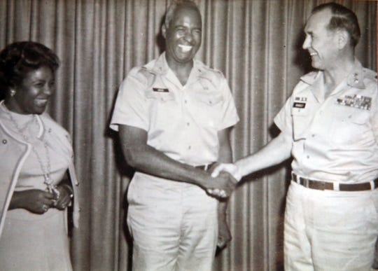 A photograph shows Edward Greer and his wife, Jewell Greer, being welcomed to Fort Leonard Wood, Mo., where he assumed the post of deputy commanding general in 1972.