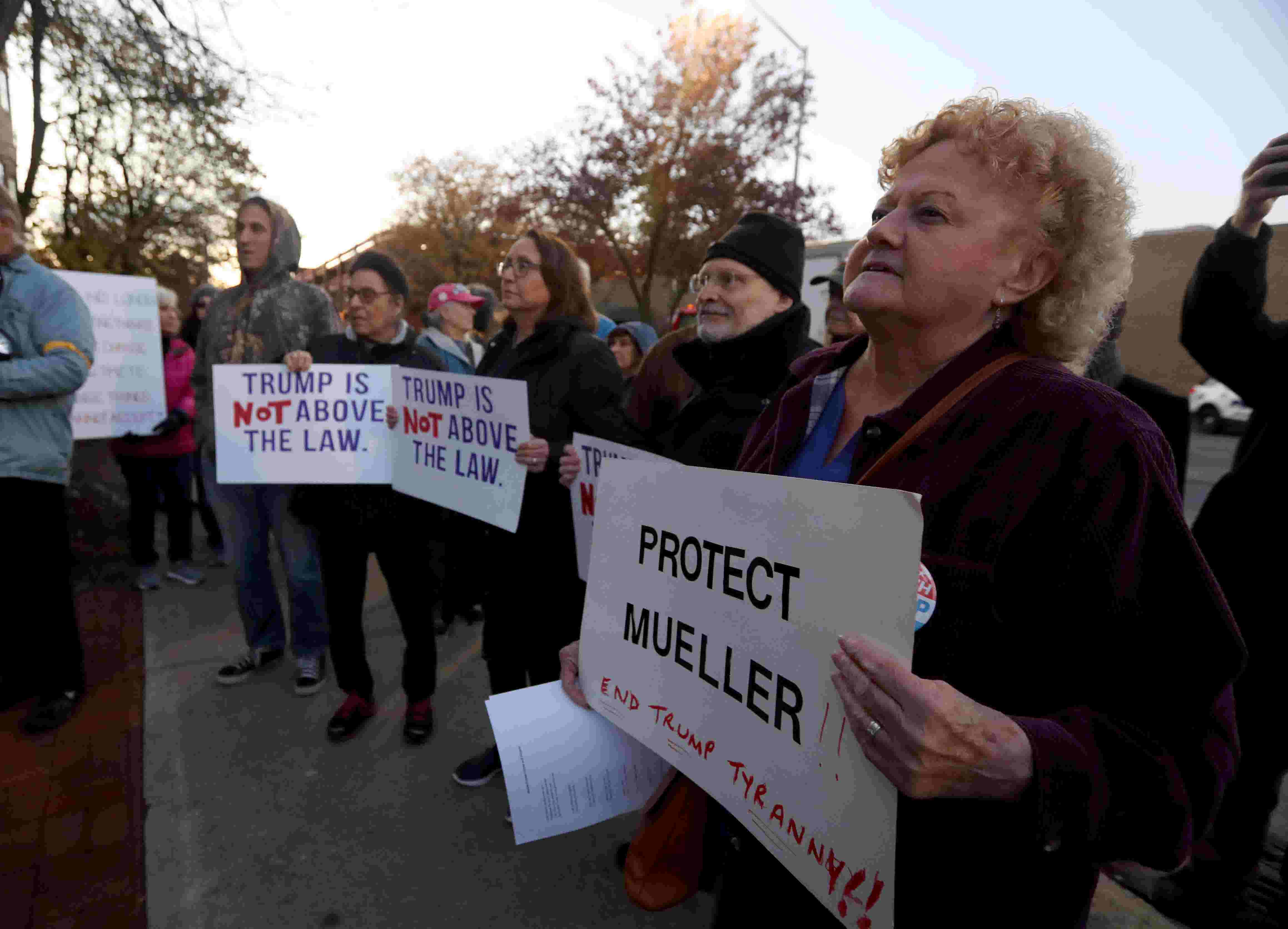 Its Not Just Demonstrators Saying >> Mueller Probe Protesters Nationwide Fear Trump Ending Investigation