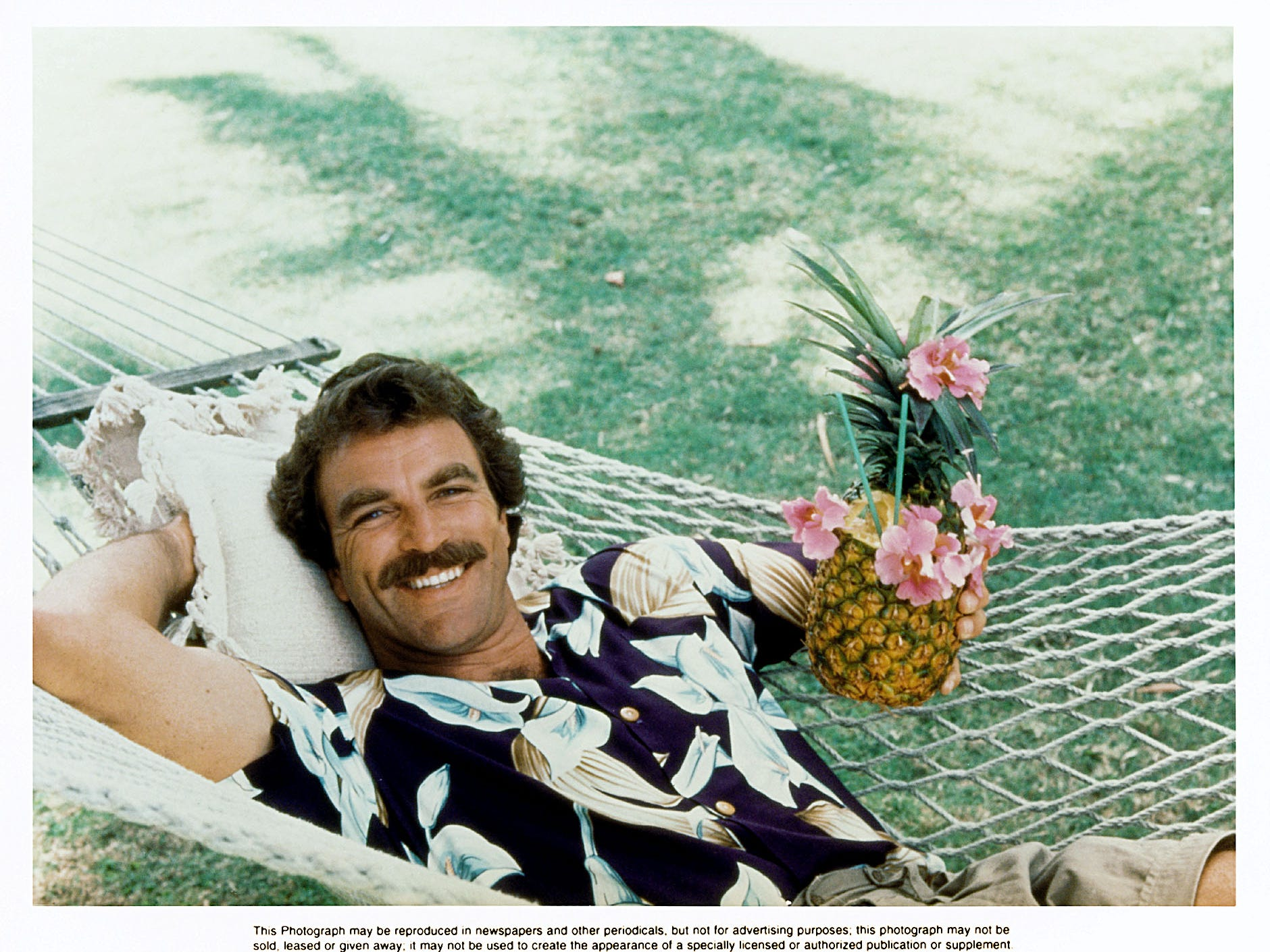 Tom Selleck in a scene from the television series Magnum P.I. --- DATE TAKEN: Rec'd 07/04  No Byline   Universal Studios Home Video        HO      - handout   ORG XMIT: ZX23291