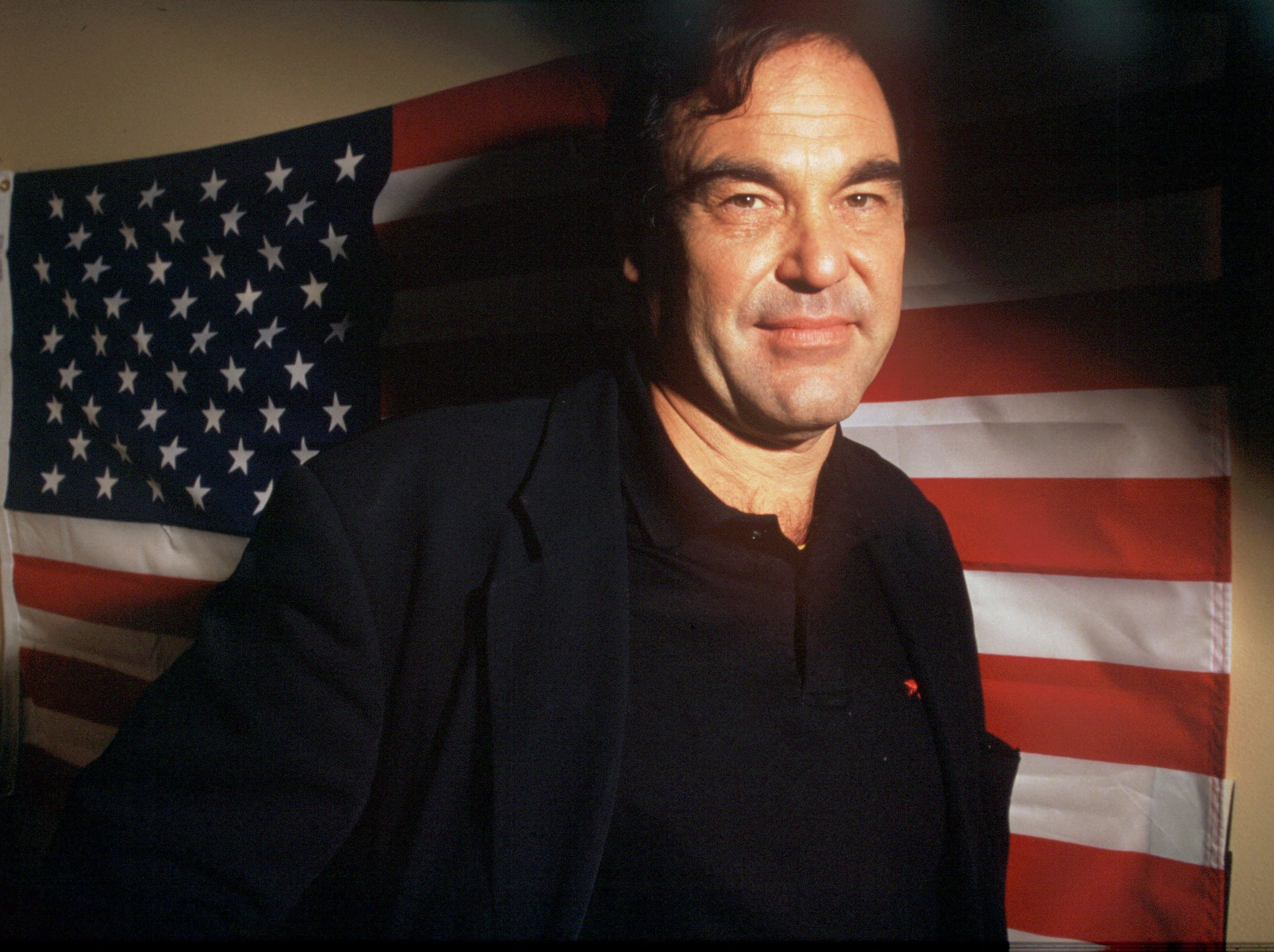 eDate taken 12/15/95 Oliver Stone, director of the new film   Nixon ORG XMIT: UT10657