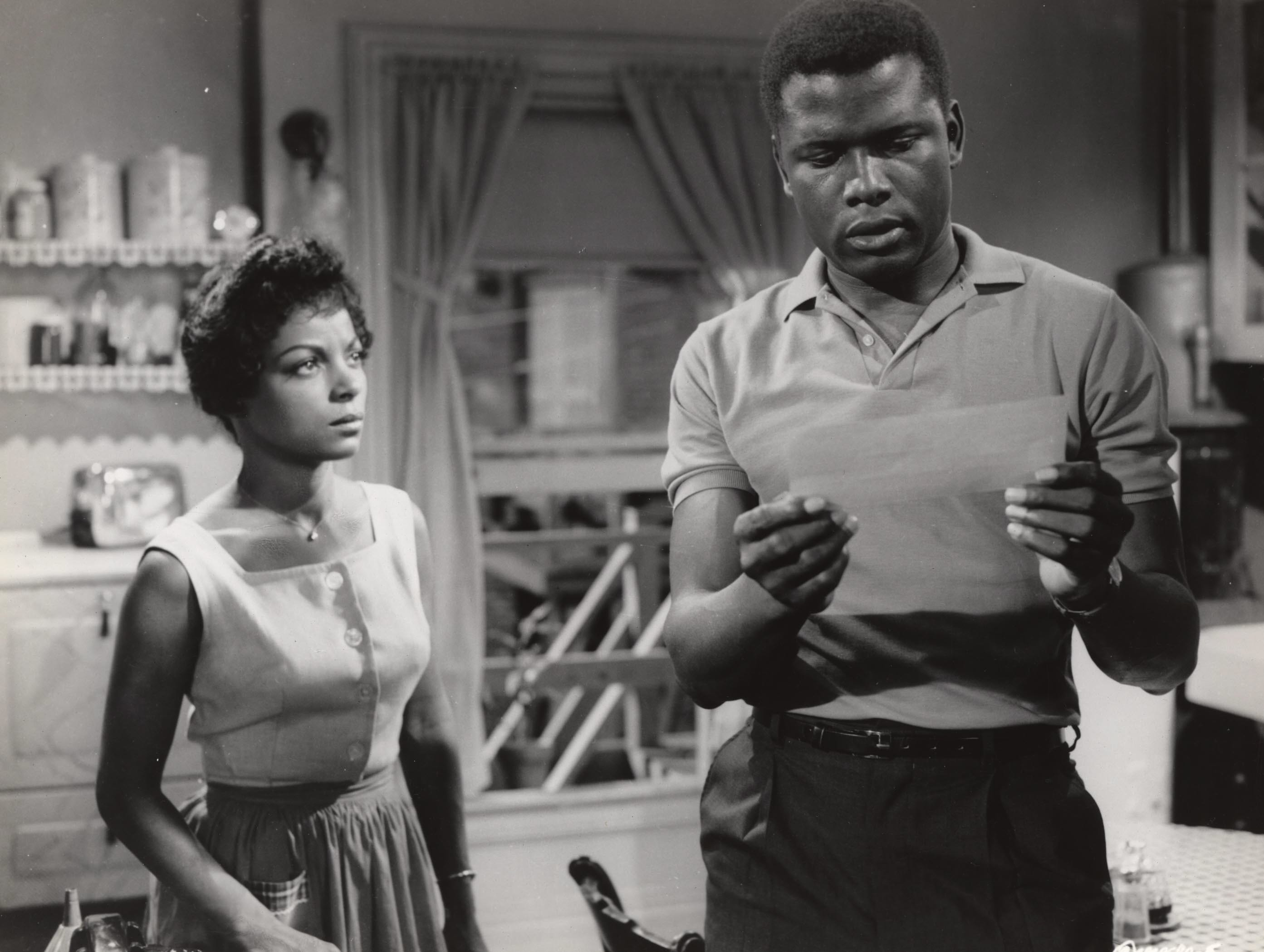 Raisin in The Sun (1961) Ruby Dee and Sidney Poitier Credit: Columbia/The Kobal Collection [Via MerlinFTP Drop]